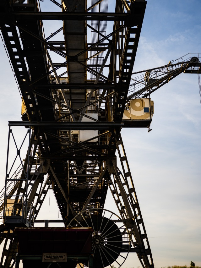 OF_INDUSTRIAL_CRANE_SMALL-2