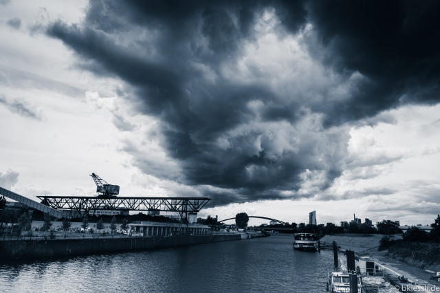 HEAVY-CLOUDS-BW-S-2